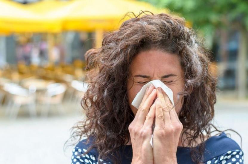 ¿Sufres de alergia en sitios húmedos? Descubre si eres alérgico a loshongos