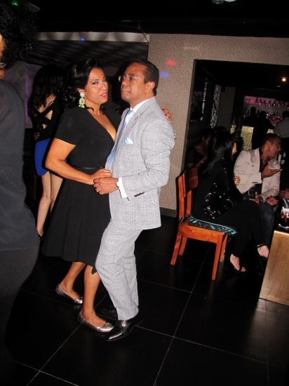 Baile de Reyna Acosta junto a Mariano Abreu