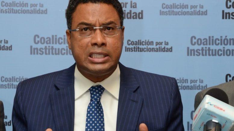 "Advierten recurrirán al Tribunal Constitucional ""de extrema urgencia"" si aprobaran reforma constitucional"