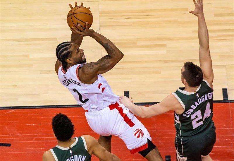 Raptors de Toronto iguala la serie ante los Bucks