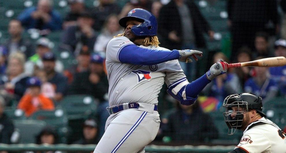 Vladimir Guerrero Jr. explota con dos cuadrangulares y Toronto vence a Gigantes