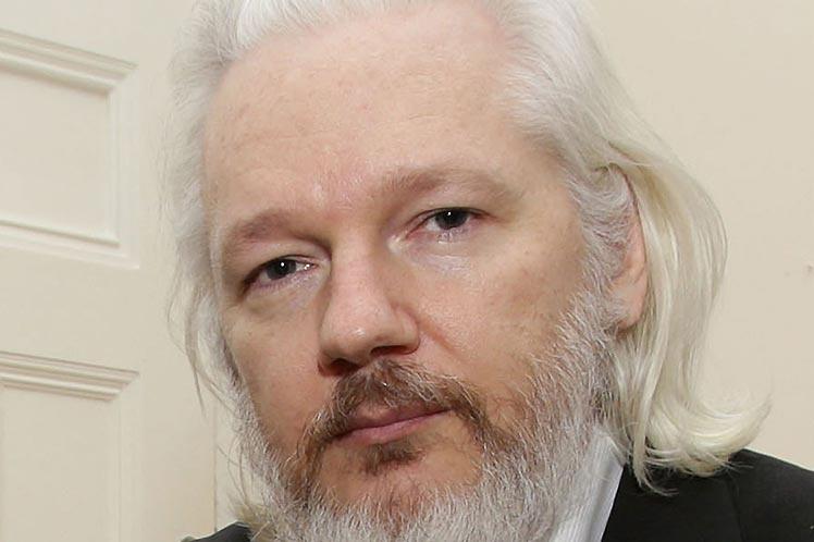 Ecuador entregará pertenencias de Assange a EE.UU, asegura Wikileaks