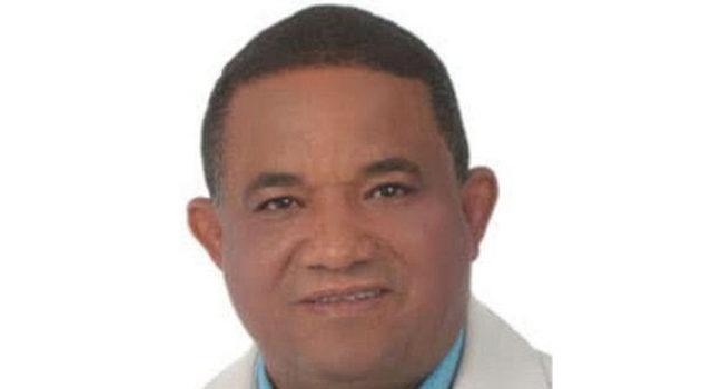 Dicen calumnias sobre corrupción llevaron alcalde al suicidio