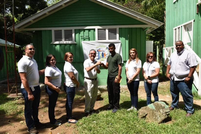 Voluntariado Bancentraliano hizo entrega de baños y vestidores donados para monumento natural Saltos de Jima