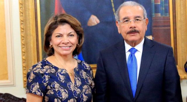 Laura Chinchilla elogia crecimiento económico de RD; visita presidente Medina