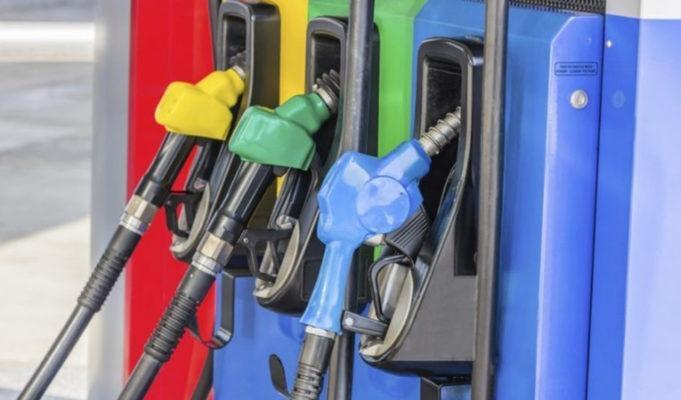 Gobierno baja entre RD$4.00 y RD$7.80 a loscombustibles