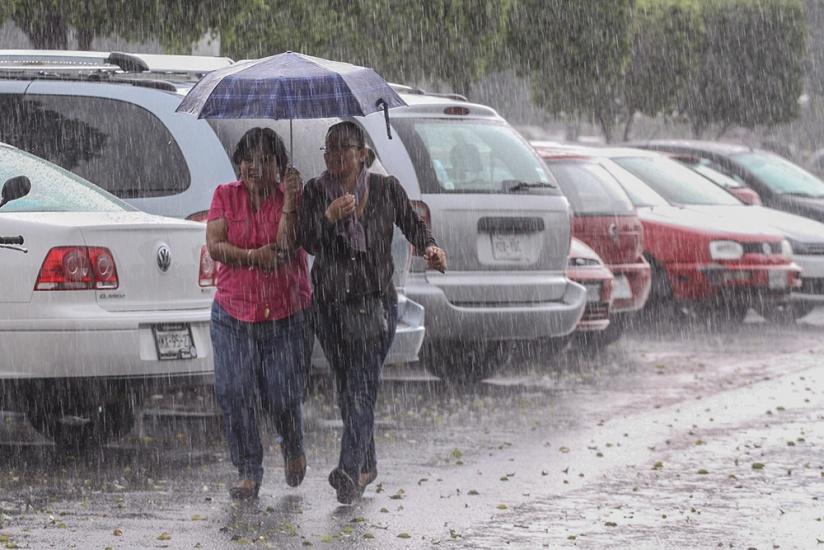 Meteorologia informa vaguada podría provocar aguaceros la tarde de este lunes; temperatura calurosa