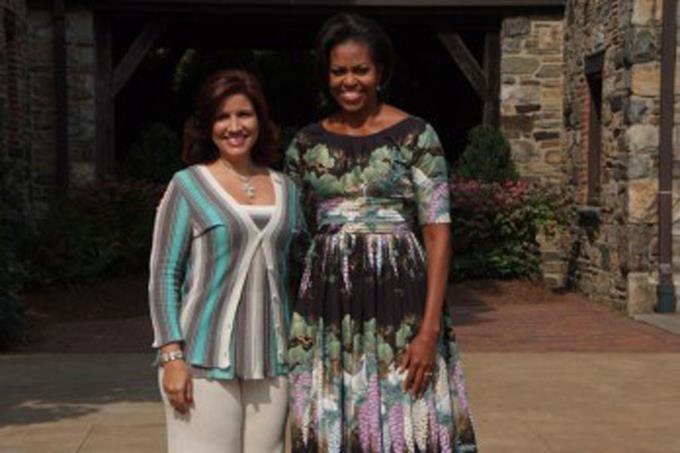 """Michelle Obama elogia labor de Margarita Cedeño en su libro """"Mi historia"""" (Becoming, en inglés)"""