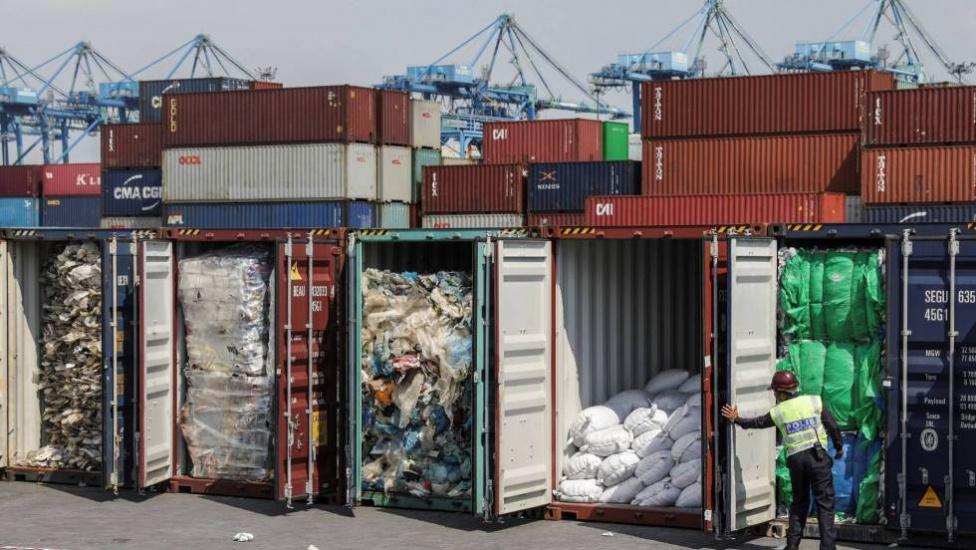 Asia se rebela contra los residuos plásticos de los países desarrollados