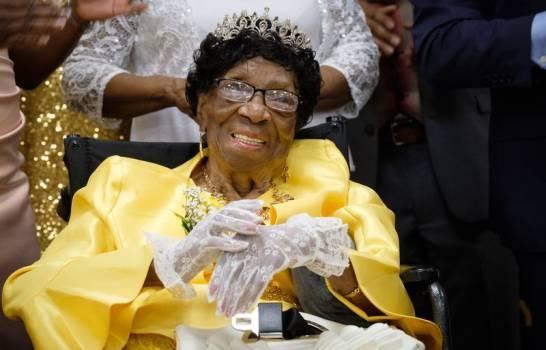 La persona más anciana, una mujer de Nueva York, cumple 114 años