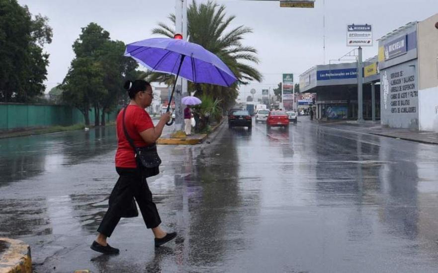 Combinación de vaguada y onda tropical provocará aguaceros, sigue alta temperaturas