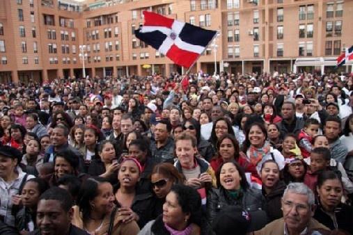 Promueven en España nueva edición del Premio Internacional Emigrante Dominicano Óscar de la Renta
