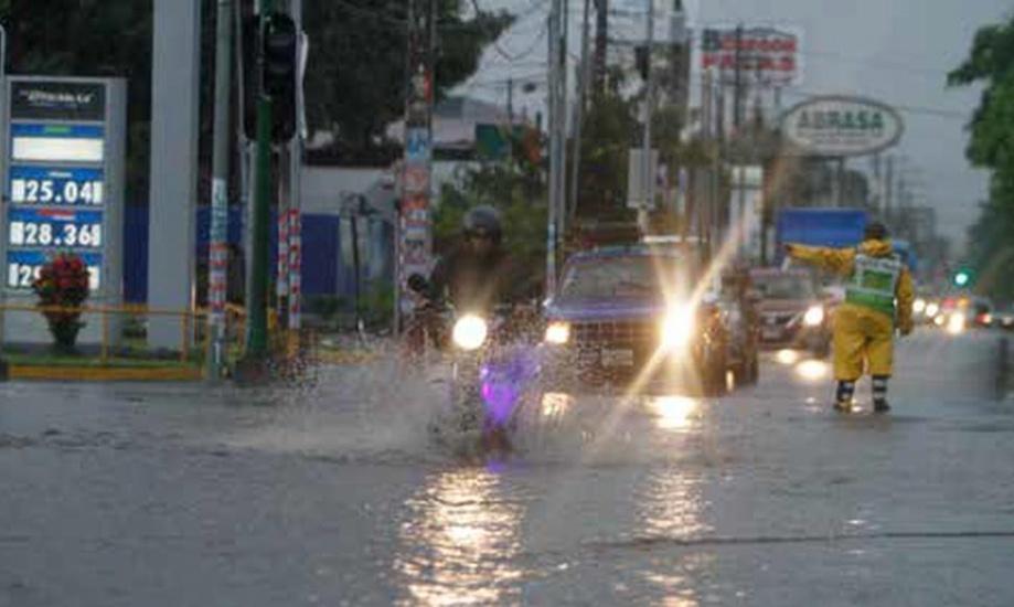 Pronostican aguaceros y tronadas para este día como efecto de onda tropical