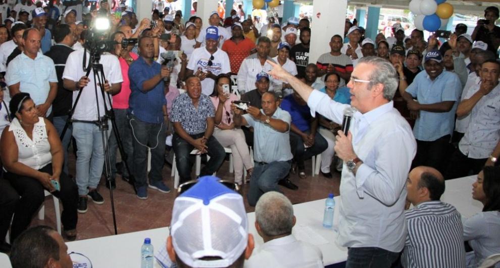 Luis Abinader advierte peligro de la continuidad del PLD en el poder