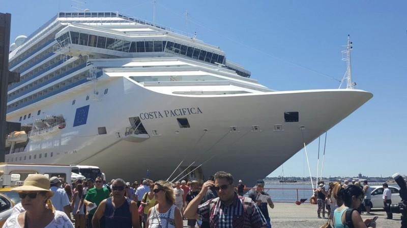 Cinco cruceros con 21 mil cruceristas tocarán esta semana a PP y La Romana; 139 vuelos arribarán a la Costa Norte
