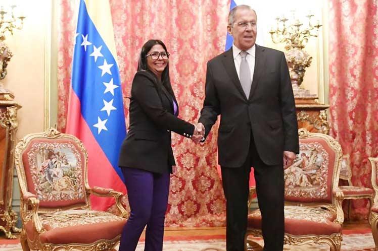 Rusia y Venezuela por cooperación en diversas esferas del desarrollo