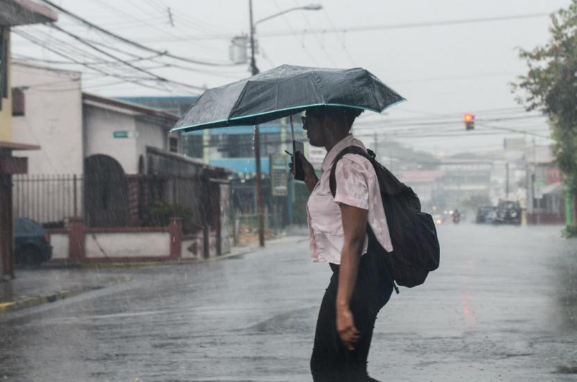 Meteorología pronostica lluvias y tormenta eléctrica para este viernes