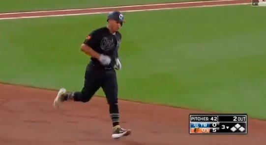 Dominicano Pedro Severino conecta grand slam en victoria de los Orioles de Baltimore este sabado