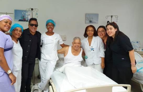 Kinito Méndez dice que un problema de úlcera provocó el ingreso de Bobby Rafael a Cecanot