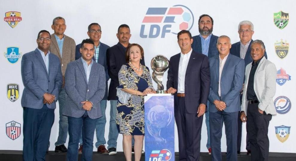 Manuel Estrella electo presidente de la Liga Dominicana de Fútbol