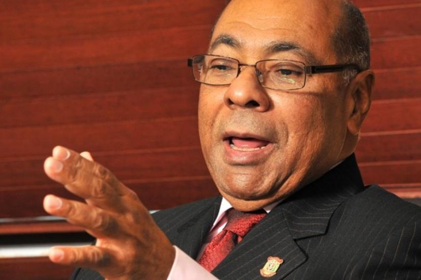 """Milton Ray Guevara, presidente del Tribunal Constitucional dice """"El derecho constitucional es el derecho a la democracia"""""""