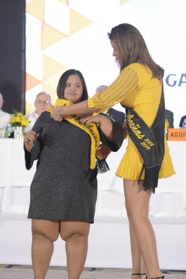 María Laura Vásquez Fernández, una joven especial es la digna madrina de las Aguilas