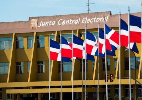 JCE realizará acto para conocer casos de 54 precandidatos empatados en las Primarias Simultáneas