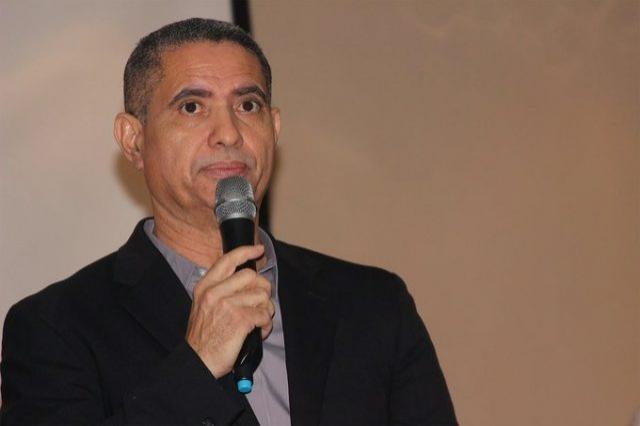 Precandidato a diputado por Independencia llama a perremeístas a votar temprano