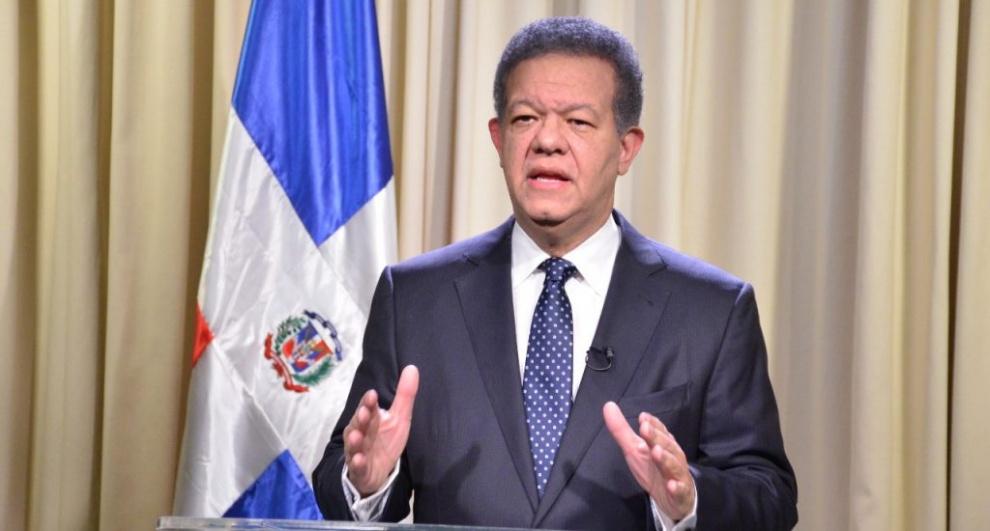 Leonel Fernández ofrece detalles específicos de presunto fraude y hace cronología de lo que considera un crimen