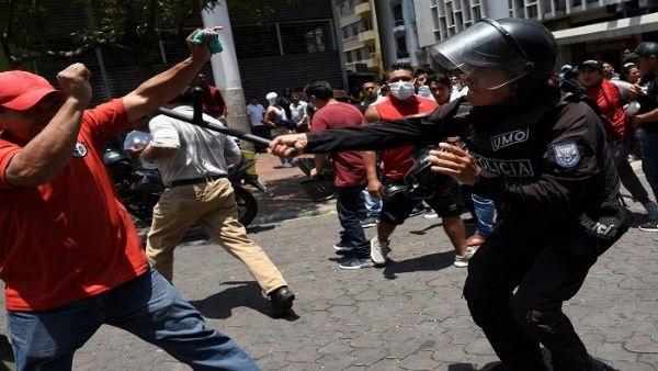 Confirman fallecimiento de manifestantes tras represión en protestas de Ecuador