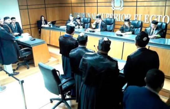 TSE dice no hay impedimento constitucional que impida candidatura presidencial de Leonel