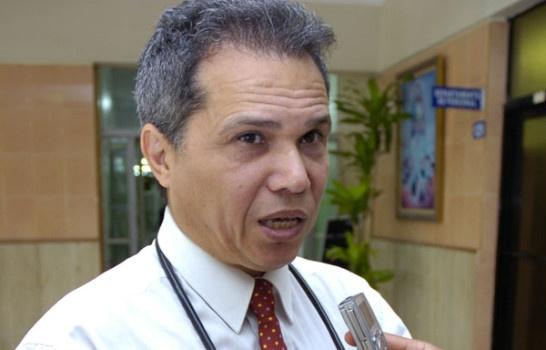 Y vuelve y vuelve, Waldo Ariel Suero es el nuevo presidente del Colegio Médico, de acuerdo a datos preliminares