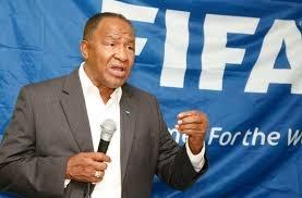 Ex presidente de Fedofutbol, Osiris de León fu sometido a la justicia por la FIFA