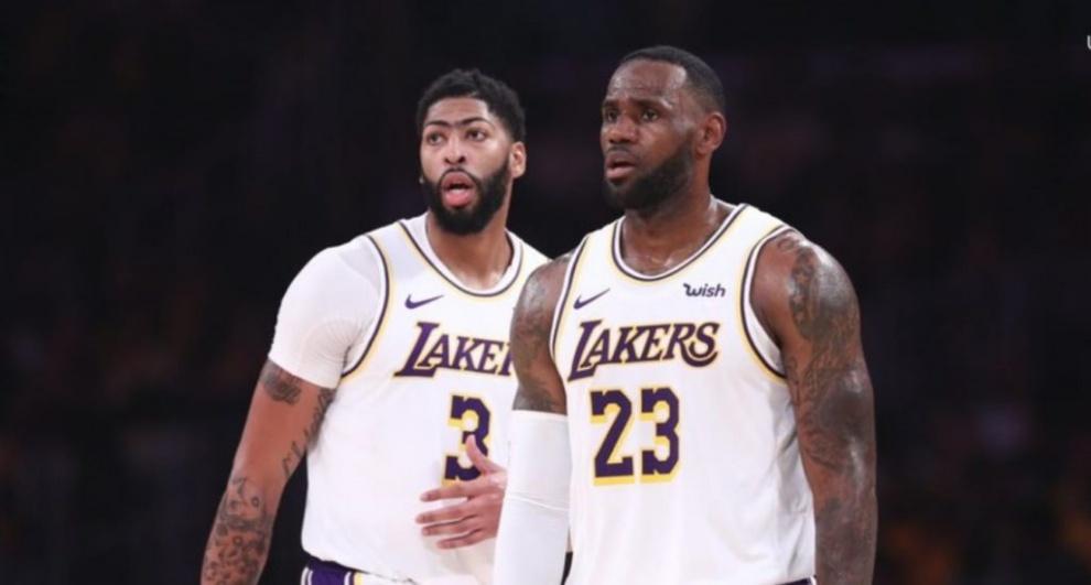 Angeles Lakers ya tienen mejor marca de la liga; Kings pueden con Celtics