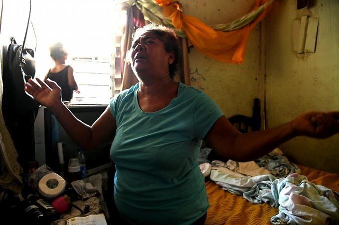 Mujer mata a su pareja tras discusión en barrio 27 de Febrero