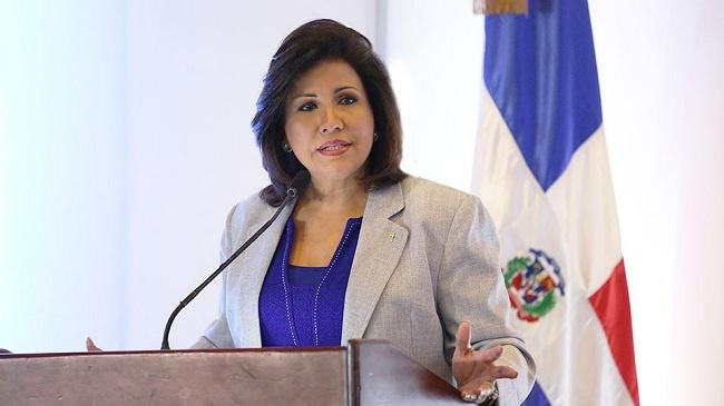 Margarita Cedeño exhorta honrar a los Padres de la Patria en el Día de la Constitución,