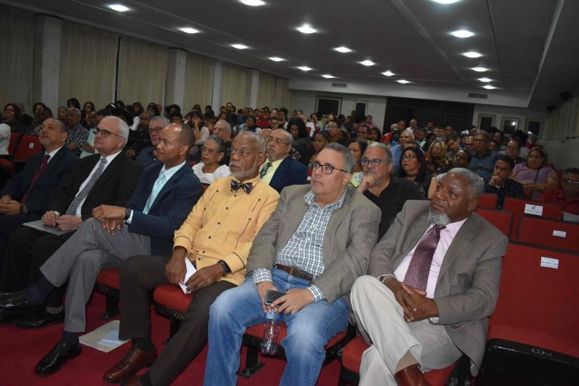 Con la participación de 30 poetas se celebra el 1er Festival Nacional de Poesía Santo Domingo 2019