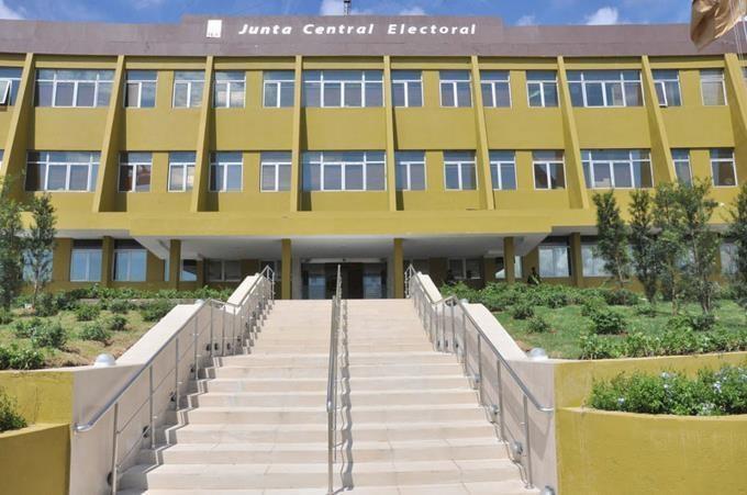 JCE dió visto bueno a las alianzas de los partidos para elecciones municipales de febrero
