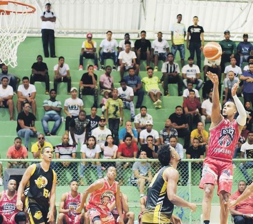 Ciro Pérez y Madre Vieja triunfan en serie semifinal