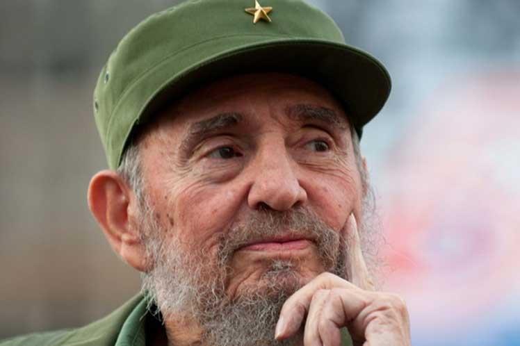 Fidel Castro más vivo que nunca, afirman en Francia