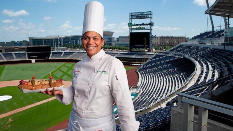La chef dominicana Dayanny de la Cruz alimentará invitados del Super Bowl 2020