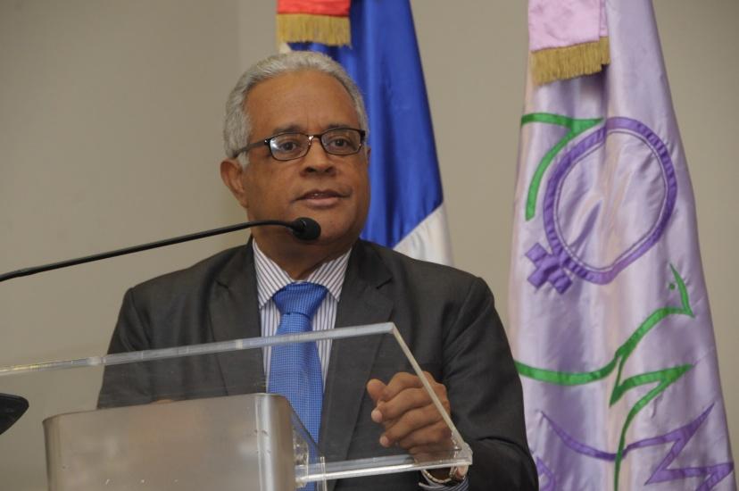 Ministro de Salud Pública dice desde el sábado han tomado medidas para evitar entrada del coronavirus al país