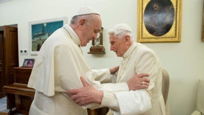 La advertencia de Benedicto XVI al papa Francisco por el celibato clerical
