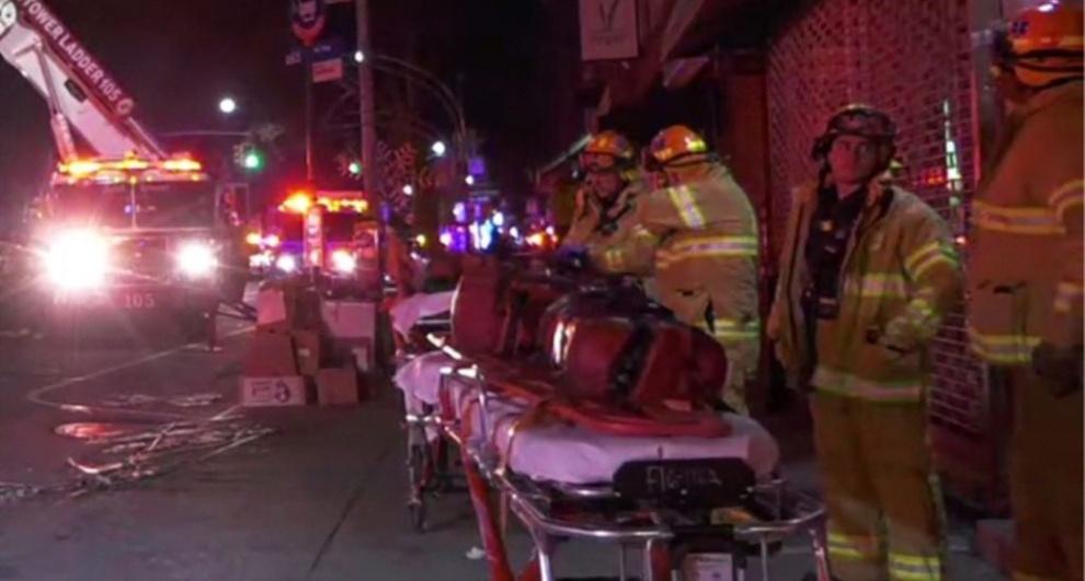 Muere dominicano y su pareja en un voraz incendio en Brooklyn