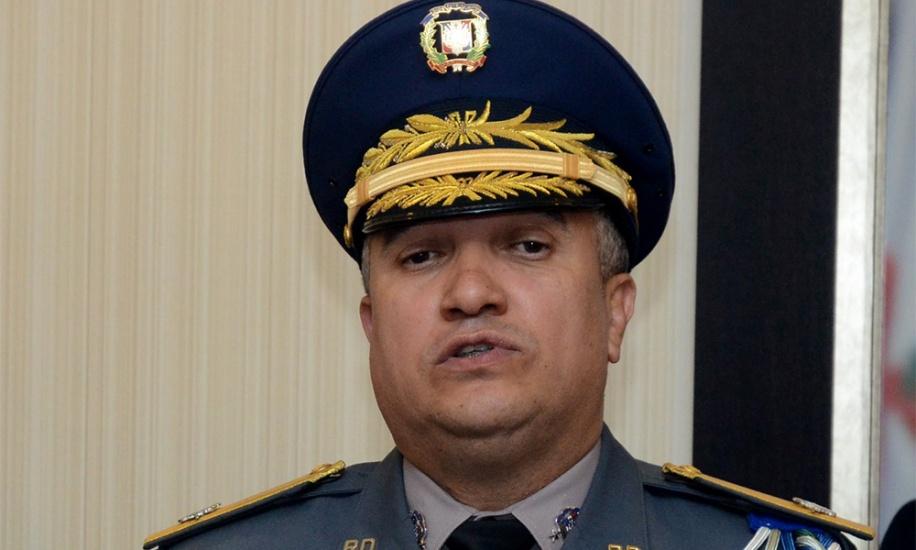 Director de la Policía da versión sobre los jóvenes ultimados esposados por una patrulla