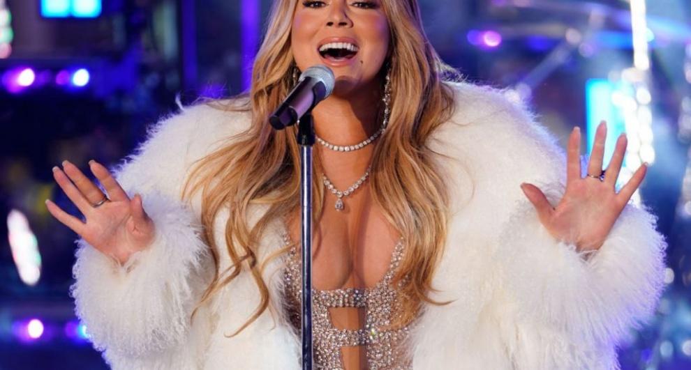 La artista estadounidense Mariah Carey recibió el 2020 en Punta Cana