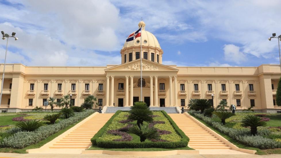 Presidente Danilo Medina convoca de forma extraordinaria al Senado y a la Cámara de Diputados para conocer proyectos de leyes