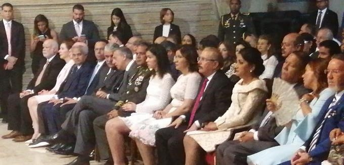 Presidente Medina, Luis Abinader, Gonzalo Castillo y otros ocupan primera fila en misa Virgen de La Altagracia