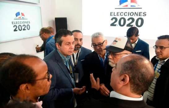 Director nacional de Elecciones de la JCE dice escáneres solo se usarían para tomar fotografías a las actas