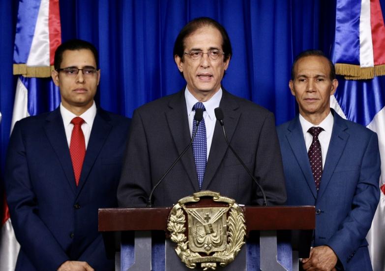 Presidente promulga reforma a Ley Seguridad Social, dicen beneficiará a más de 400 mil dominicanos